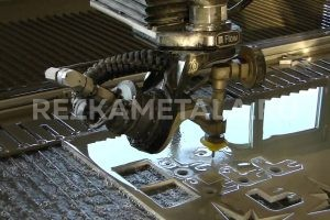 Станок для резки листового металла в Казани