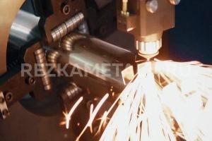 Рубка листов металла в Казани