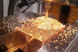 Приспособление для резки труб ножовкой по металлу в Казани