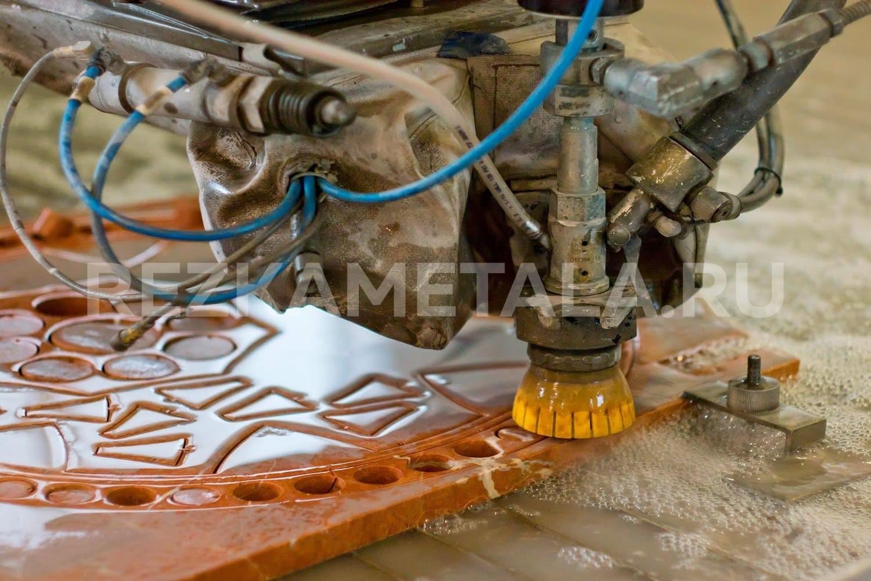 Выполнение гибки металла в Казани