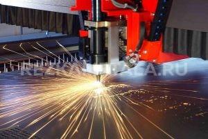 Плазменная резка оцинкованного металла в Казани. Если Вам нужна моментальная и эффективная резка металлов, умельцы нашей организации представляют практический опыт и навыки лучших спецов, самое современное промышленное оборудование для резки!   Не требуется спрашивать, работаем ли мы с определенным металлом: мы делаем практически всё! Медь, титан, сталь, алюминий и другие металлы различной формы и толщины мы производим за короткое время на инновационном гидроабразивном оснащении. Такой метод не подразумевает физическое давление и термическое воздействие на металл, в связи с этим мы предоставляем отсутствие деструкции и лучшее качество швов.   Наши квалифицированные мастера предлагают Вам целый ряд выгод: -100% гарантию высококачественной резки стали и отсутствия деформаций; -Как можно меньше промышленных отходов, что поможет заказчику сэкономить на металле;  -Скрупулезное соблюдение параметров заказчика;  -Мощности, которые могут функционировать с любым металлом и с любыми габаритами;   Высококачественное оснащение и хорошее качество работ - наша ключевая цель и обязательство перед заказчиками. Металлы будут обслуживаться лучшими умельцами в г. Казань на современном оборудовании - у нас, несомненно, лучший сервис по резке металла в г. Казань!   Звоните! Мы готовы сделать весь ряд работ по гидроабразивной резке металла!