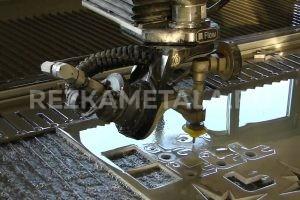 Гильотина для резки металла купить в Казани